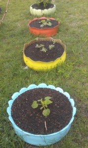 Plant containers from old car tires17