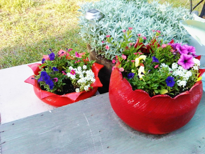 Plant containers from old car tires2