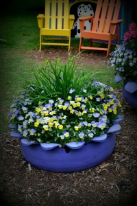 Plant containers from old car tires5