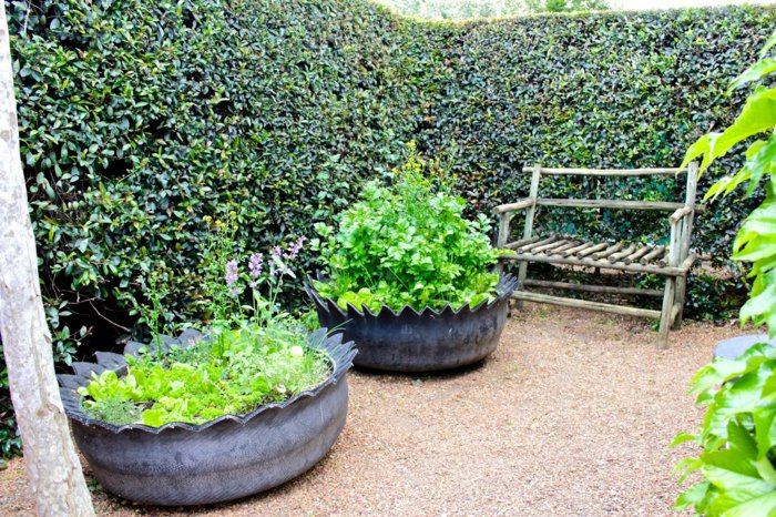 Plant containers from old car tires8