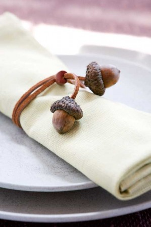 decorative autumn crafts with acorns6