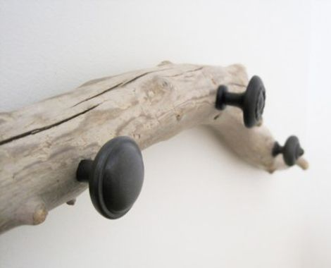 hangers from driftwood14