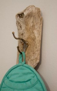 hangers from driftwood23