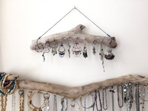 hangers from driftwood32