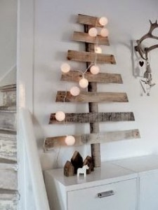 CHRISTMAS IDEAS with PALLETS11