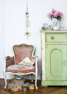 Shabby Chic, retro and industrial styles1