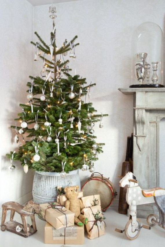 different Christmas tree2