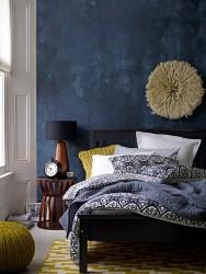 wall decoration ideas in dark shades5