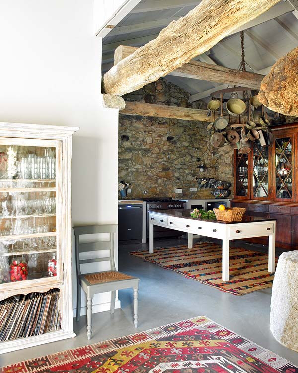 Stone house in a Bohemian Chic style5