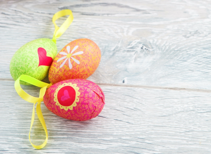 Diy Easter decoration ideas with Easter eggs13