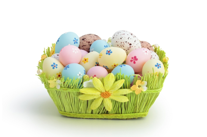 50 diy easter decoration ideas with easter eggs and fine - How to make easter decorations ...