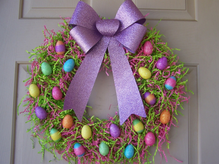 Diy Easter decoration ideas with Easter eggs30