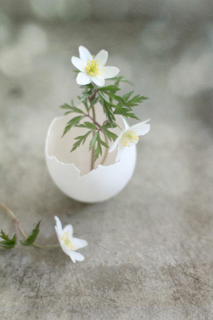 Diy Easter decoration ideas with Easter eggs34