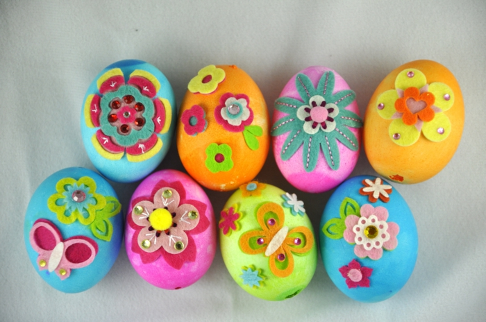 Diy Easter decoration ideas with Easter eggs46