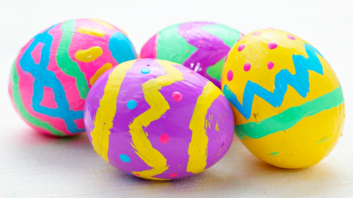Diy Easter decoration ideas with Easter eggs47