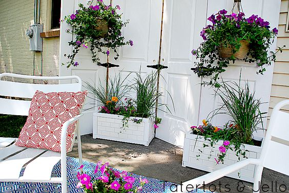 Decorate garden with recycling old doors1