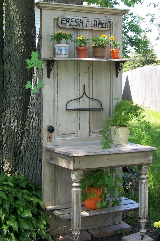 Decorate garden with recycling old doors12