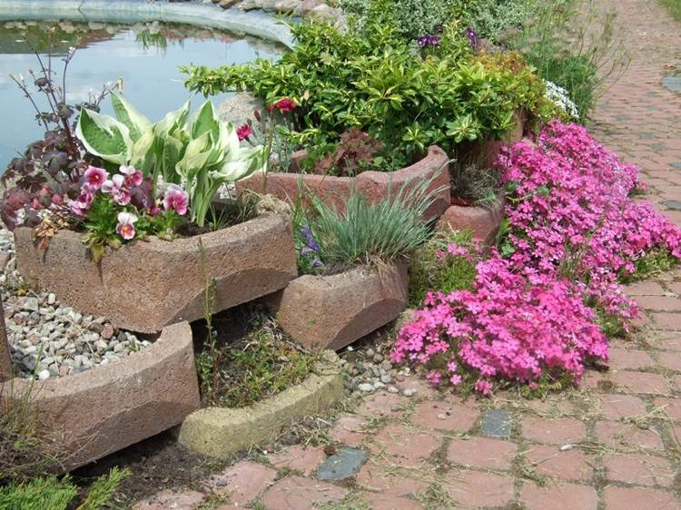 Concrete garden jardinières (20)