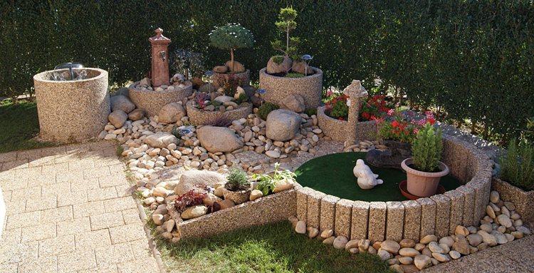 Concrete garden jardinières (22)