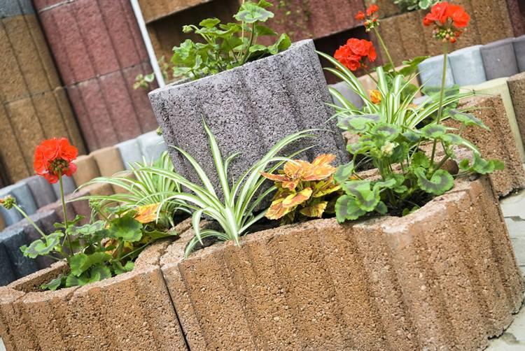 Concrete garden jardinières (3)