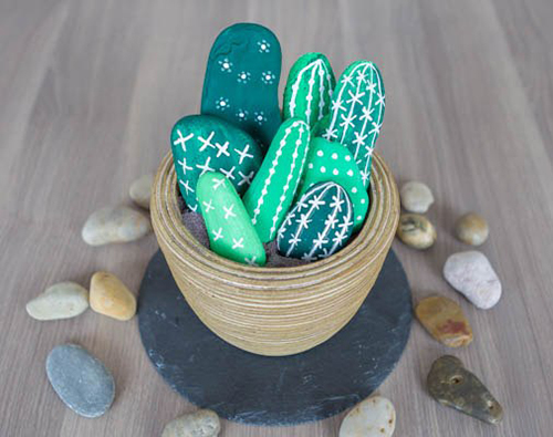 Diy Cactus from stones8