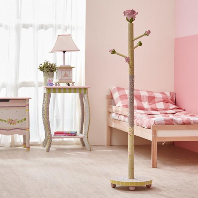 Furniture Decoupage20