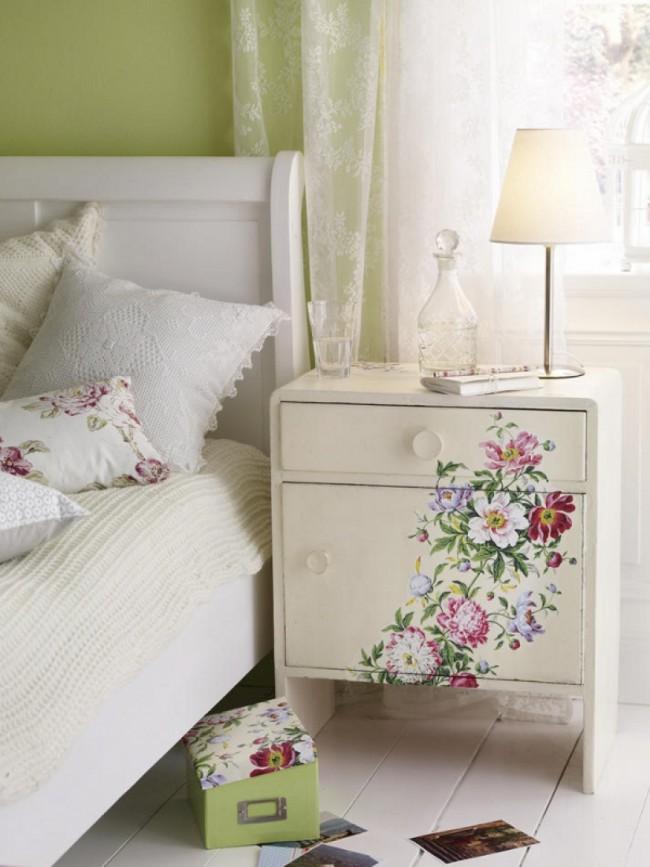 Furniture Decoupage23