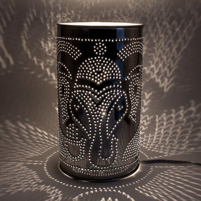 diy lanterns from metal cans16