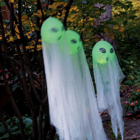 halloween-decor-for-the-garden33