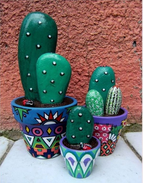 cactus-from-river-stones2