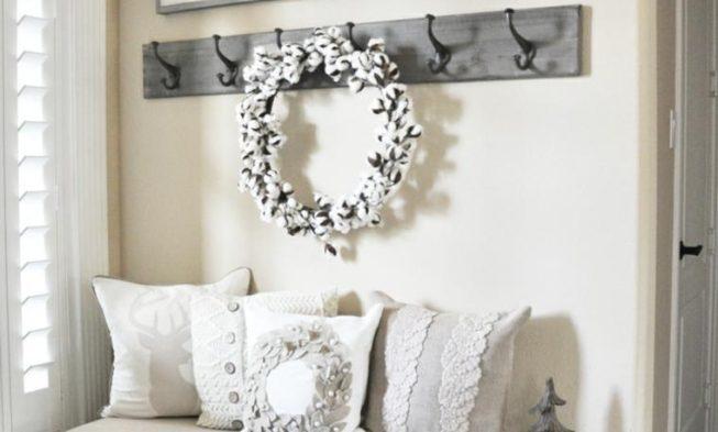 Christmas House Entrance Decoration Ideas 18