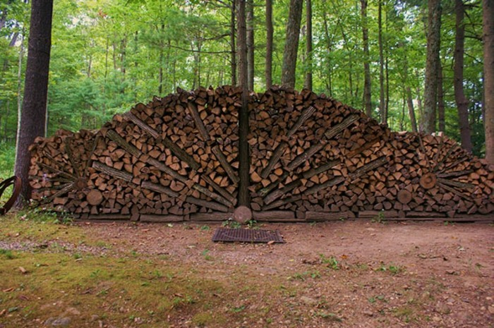 sculptures-from-firewood1-22