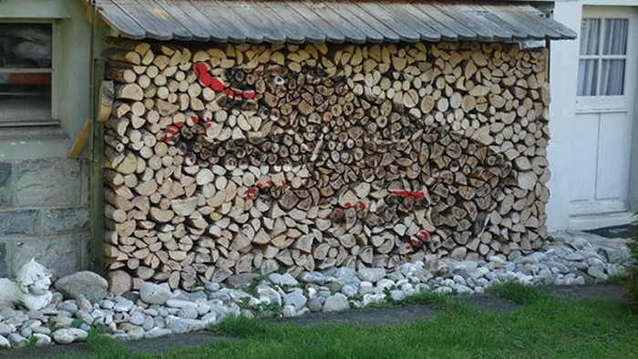 sculptures-from-firewood1-24