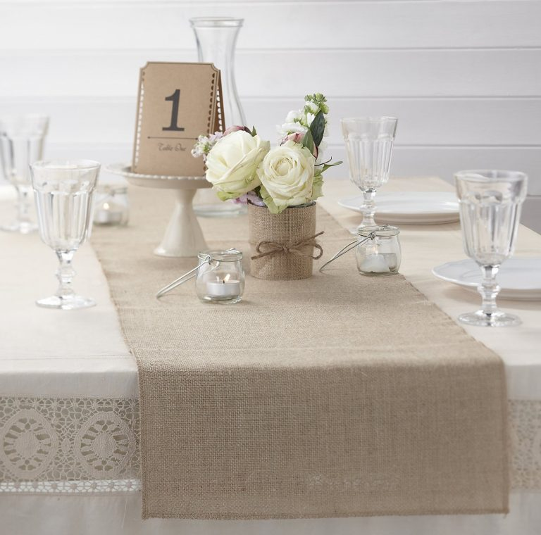 Burlap Table Runner ideas (12)
