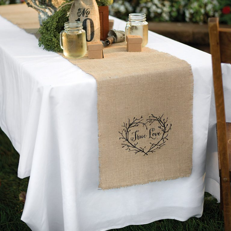 Burlap Table Runner ideas (18)