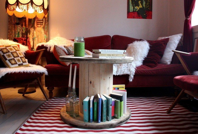 coffee table from wire spools (2)