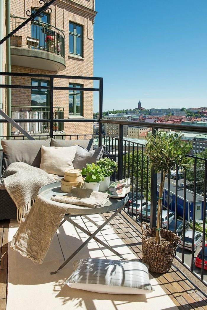 small balcony ideas14