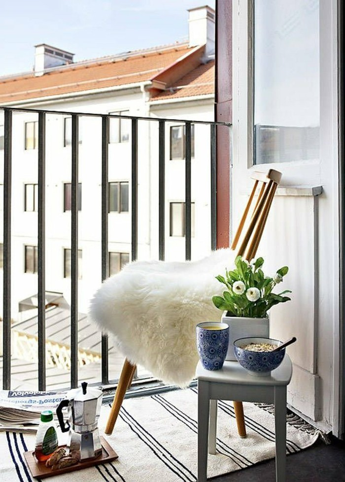 small balcony ideas24