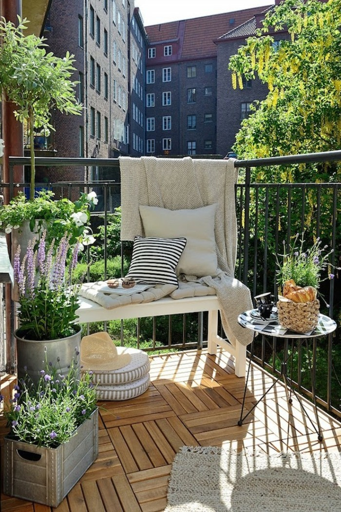small balcony ideas25