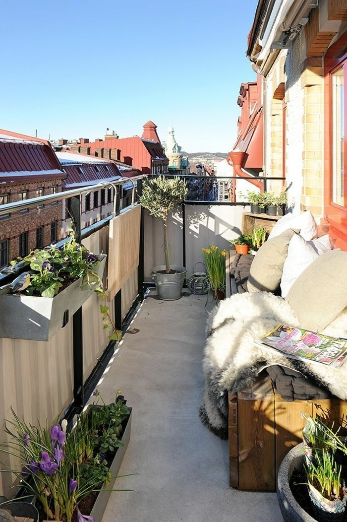 How To Manage A Small Balcony To Create A Cozy Space 55