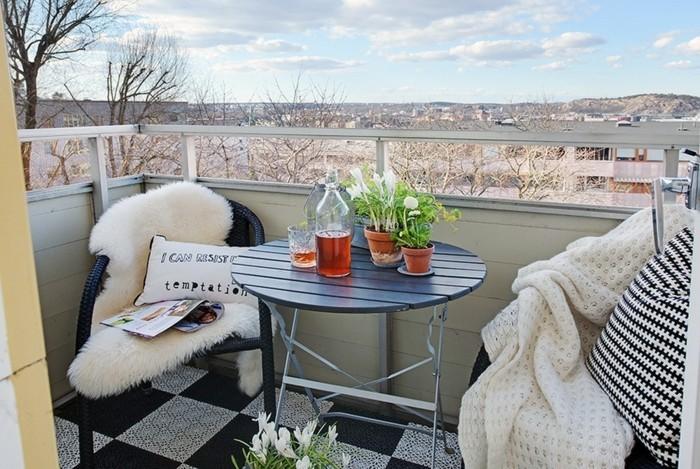 small balcony ideas27