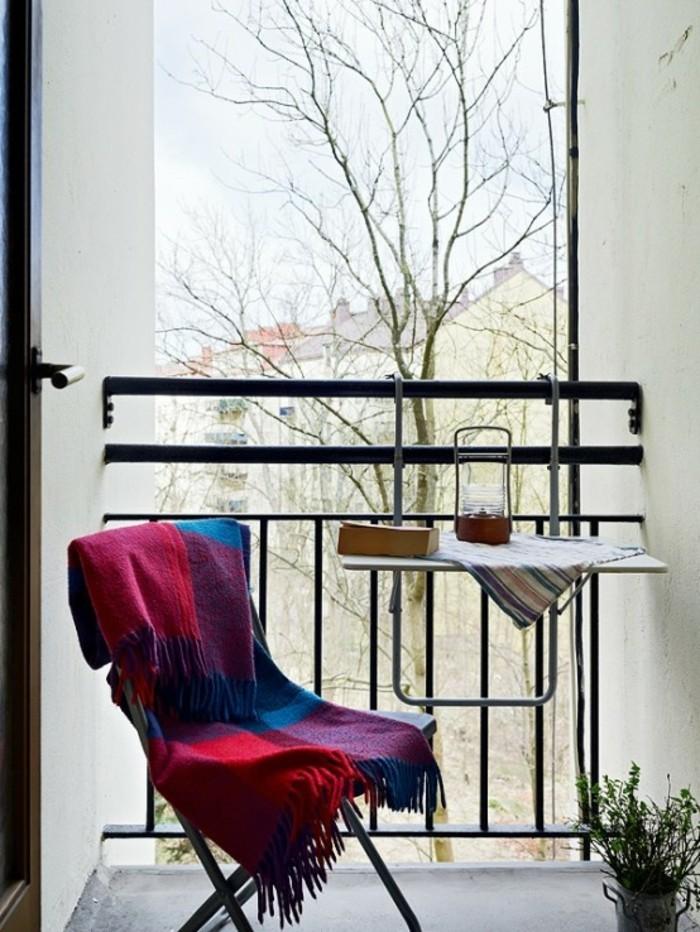 small balcony ideas35
