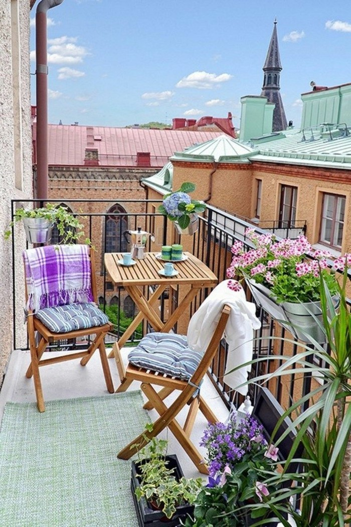 small balcony ideas39