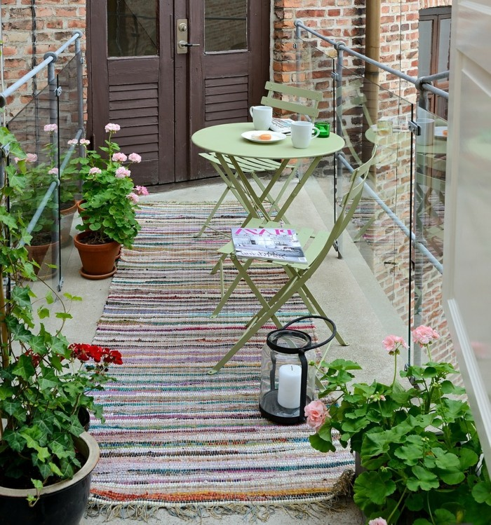 small balcony ideas5