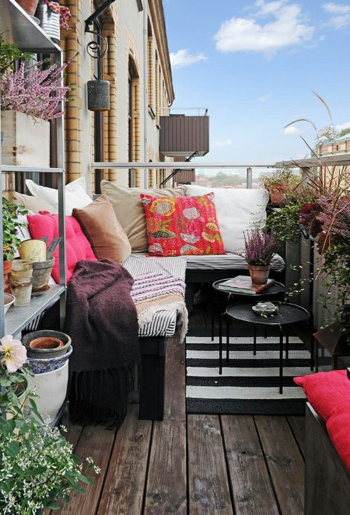 small balcony ideas54