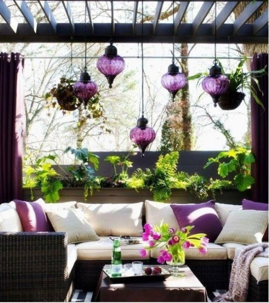 Decorating with lanterns2