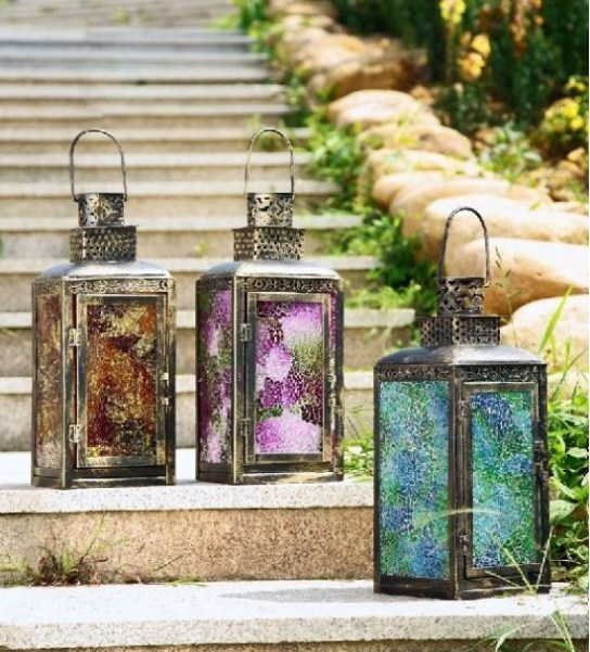 Decorating with lanterns6
