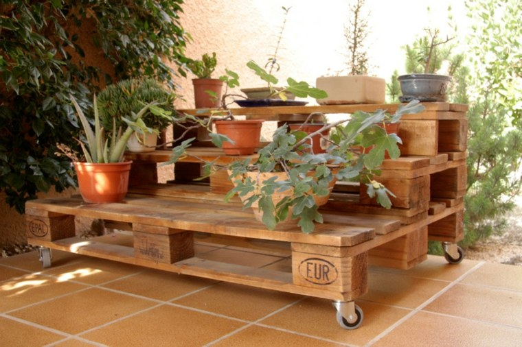 Pallet wooden planter ideas21