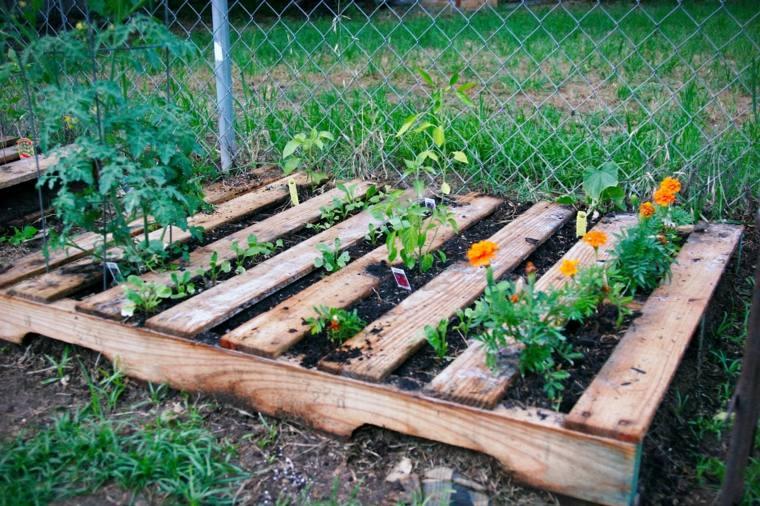 Pallet wooden planter ideas24