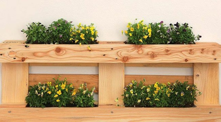 Pallet wooden planter ideas4